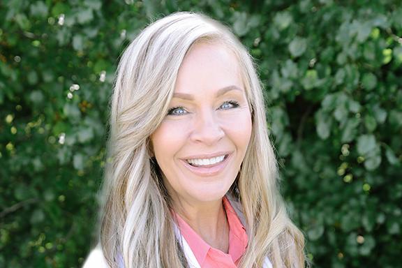 Laura Decker, NP